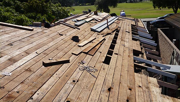 Professional Roof Wood Repair